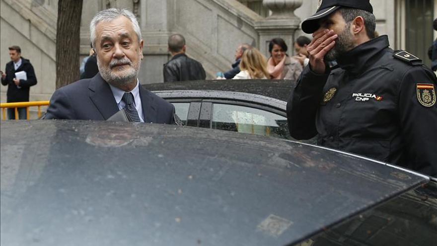 El Supremo da 15 días a Griñán para replicar el informe que culpa a la Junta