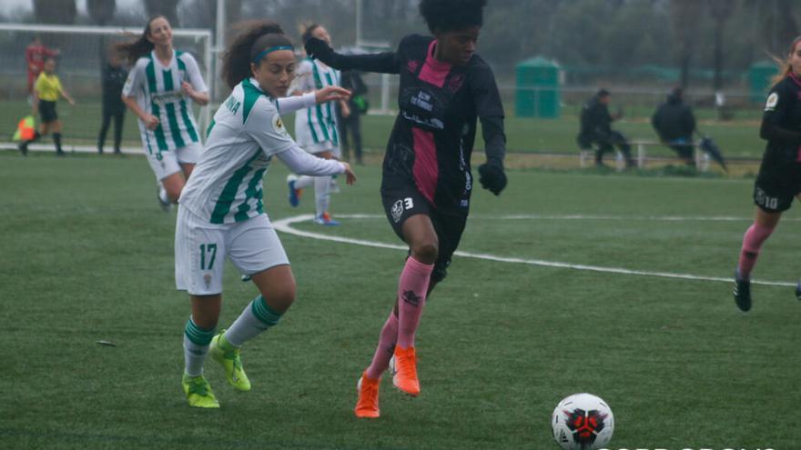 Lance del partido entre el Córdoba Femenino y el Pozoalbense   JUAN HUERTAS/CÓRNER CORDOBÉS