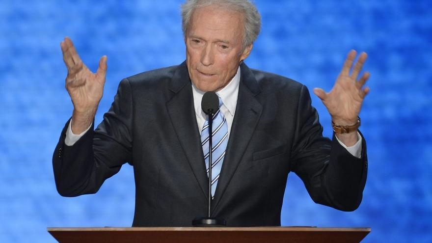 Clint Eastwood divirtió en la noche de la nominación de Romney