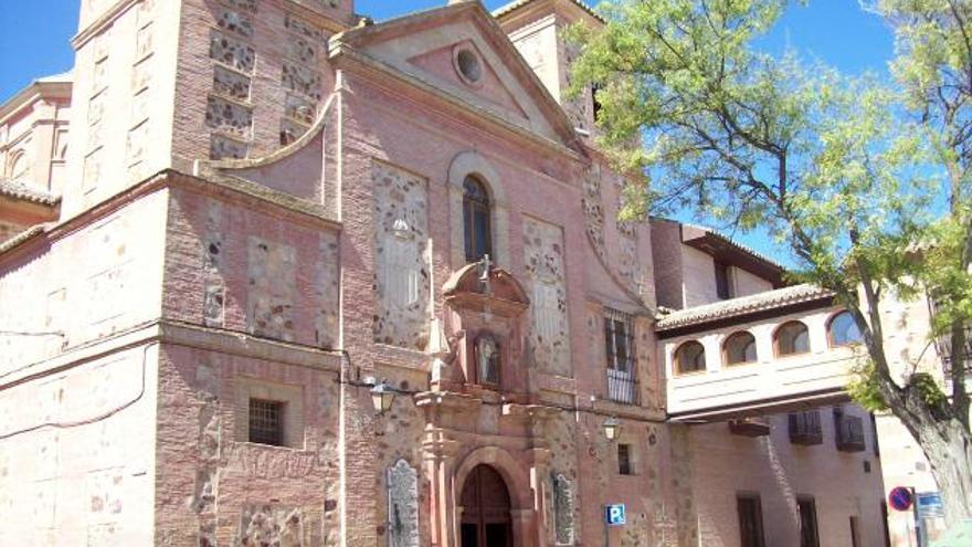 Iglesia del Convento de la Merced en Herencia (Ciudad Real) / pueblos-espana.org