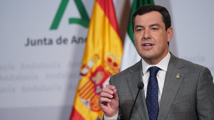 El presidente de la Junta de Andalucía, Juan Manuel Moreno, en la sede del Palacio de San Telmo.