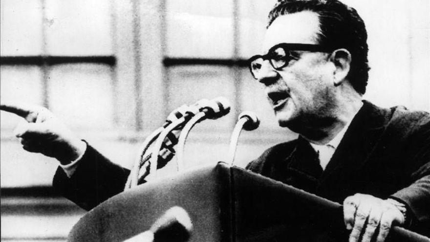 Justicia chilena resuelve en fallo definitivo que Salvador Allende se suicidó