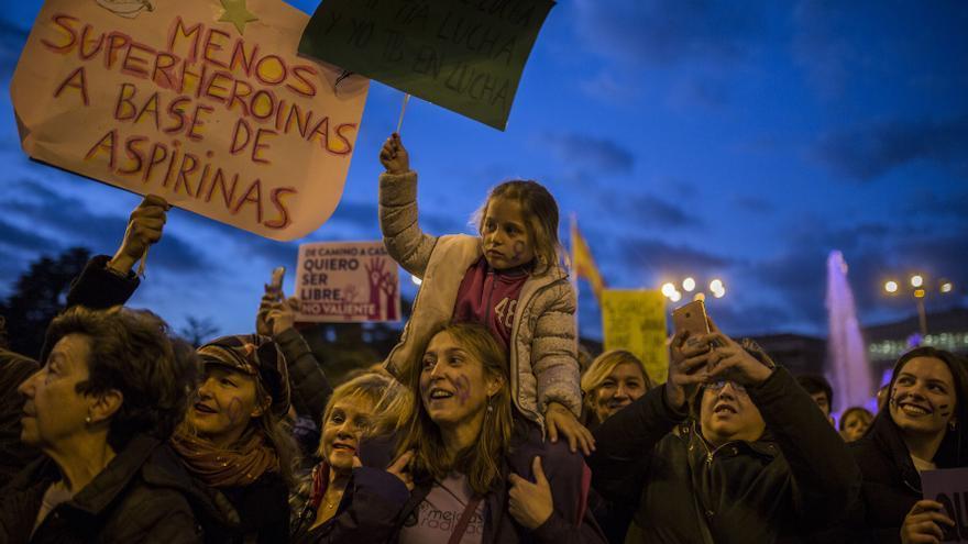 'Menos heroínas con aspirinas', entre los lemas que han jalonado la marcha