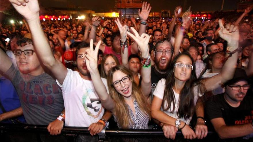 Supersubmarina, Los Enemigos y Corizonas, primeros nombres del Low Festival