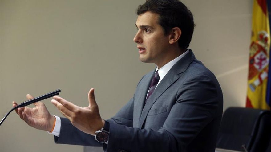 Rivera dice que F.Díaz no es la persona adecuada, pero que votará en blanco