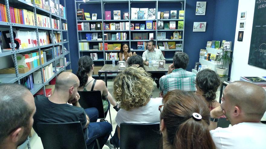 Aline Pereira, fundadora de la editorial Ediciones Ambulantes.