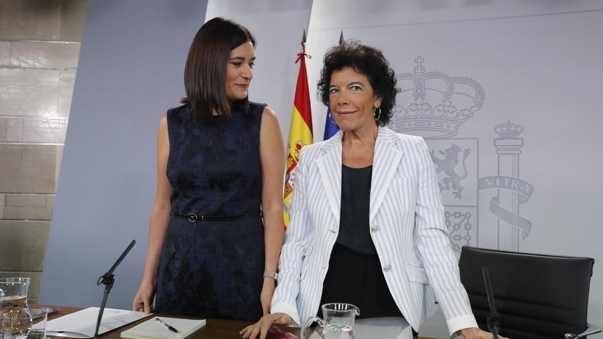 El PP pide coherencia al PSOE para que exija explicaciones a Montón sobre su máster, como hizo con Casado