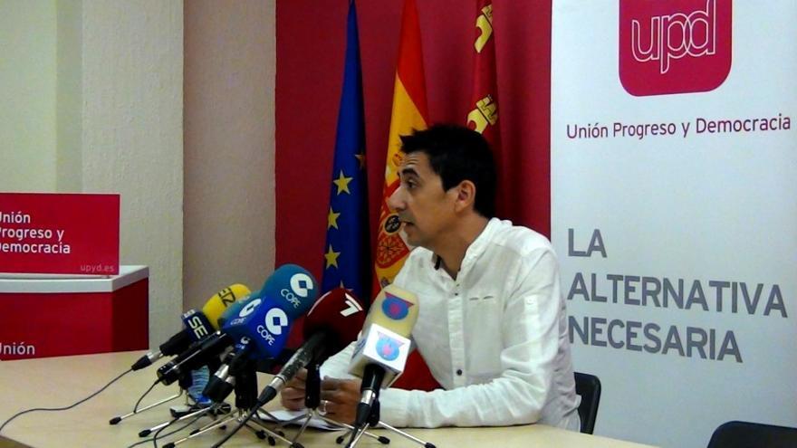 El portavoz de UPyD en el ayuntamiento de Murcia, Rubén Juan Serna