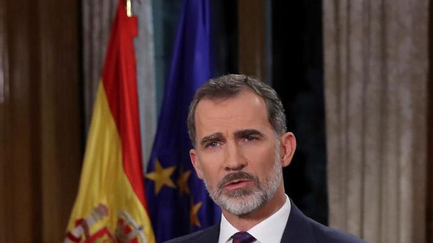 """Felipe VI defiende """"trabajo y salario dignos"""" para los jóvenes"""