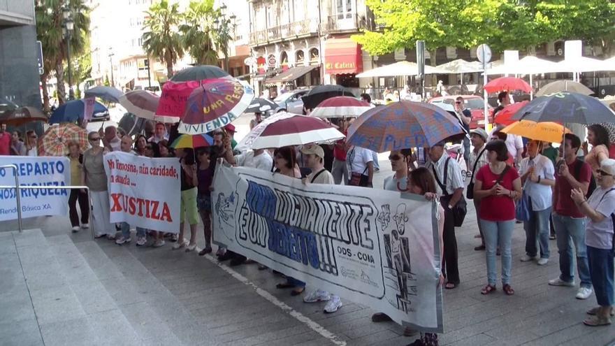 Protesta en Vigo por deficiencias en la gestión de la Risga y a favor de una renta básica