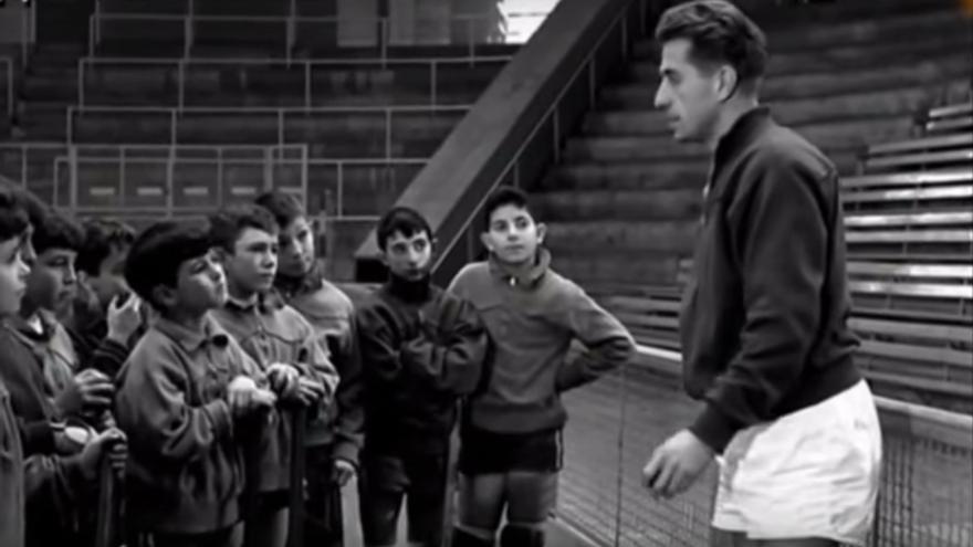 El jugador de 'hockey' patines Manel Puigbó, en un programa de 'Escuela de campeones'