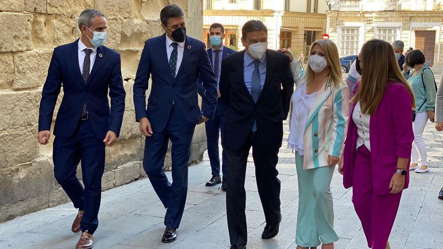 Luis Planas con la alcaldesa de Jerez antes de visitar el Ayuntamiento