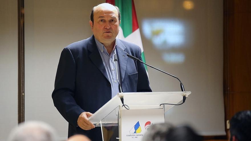 """Ortuzar (PNV) pide soluciones políticas para Cataluña y no """"redadas policiales"""" en sus instituciones"""