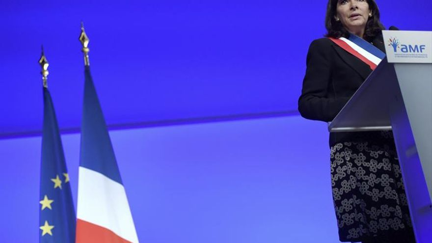 """La matanza de Niza """"reaviva"""" en París el recuerdo del 13-N, dice Hidalgo"""