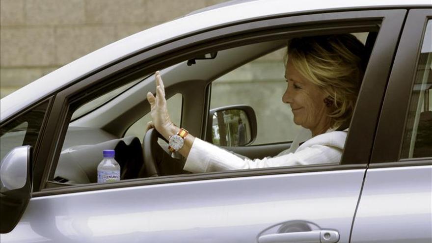 Aguirre, implicada en un incidente con un agente de movilidad en la Gran Vía.