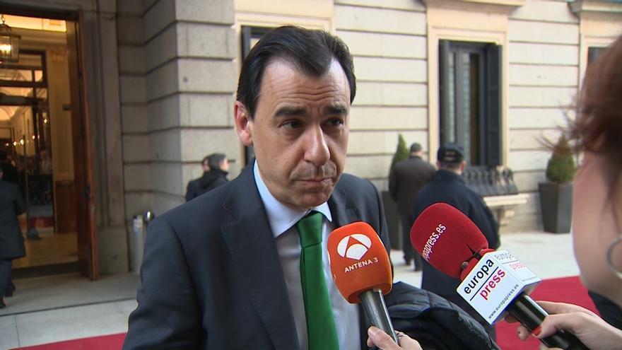 """'Génova' pide """"esperar"""" con el presidente de Murcia y recuerda a Cs lo que dice su propia ley contra la corrupción"""