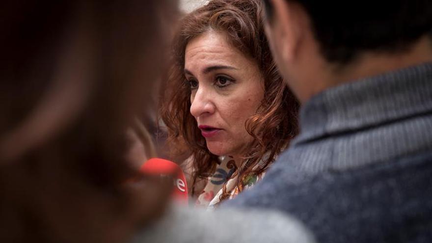 Andalucía aplica las 35 horas en el sector público sin respaldo del Gobierno