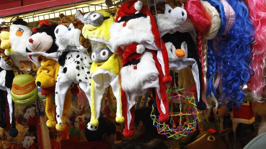 Irache aconseja asegurarse de los accesorios que incluye el disfraz de Nochevieja antes de comprarlo
