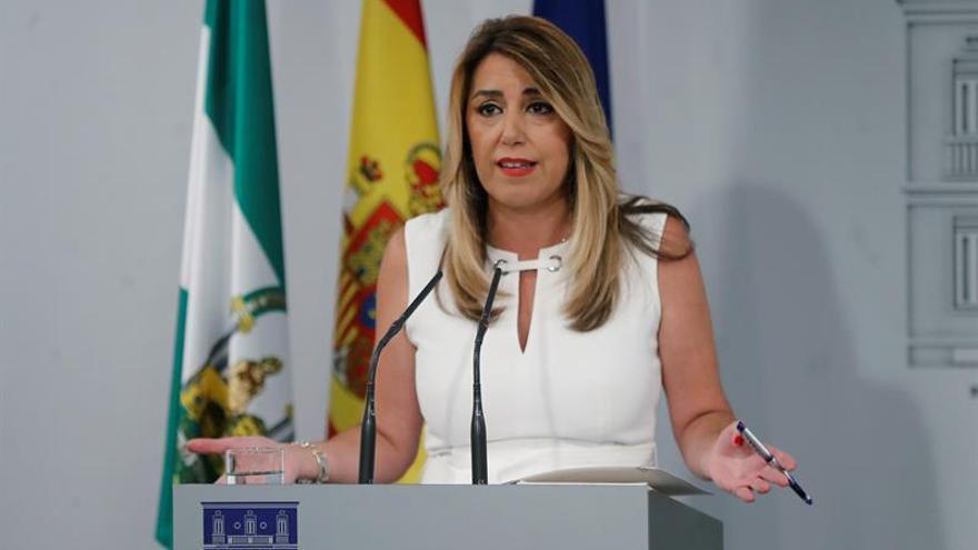 Susana Díaz acata que Sánchez imponga a sus fieles en las listas andaluzas