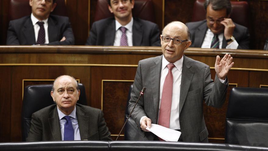 El PSOE pide cuentas a Montoro en el Congreso por la corrupción y la manipulación del déficit en la Comunidad Valenciana
