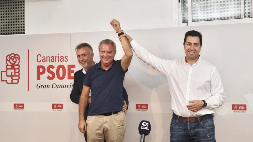 Sebastián Franquis y Alejandro Ramos tras concerse el resultado de las primarias