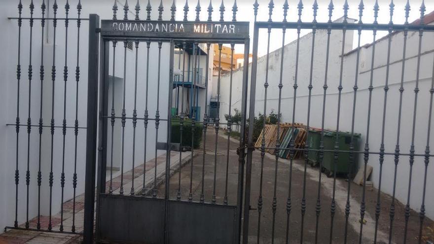 Restos de lo que queda actualmente de la Caja de reculta o Comandancia Militar en Villanueva, donde se sublevaron, al lado de un viejo convento
