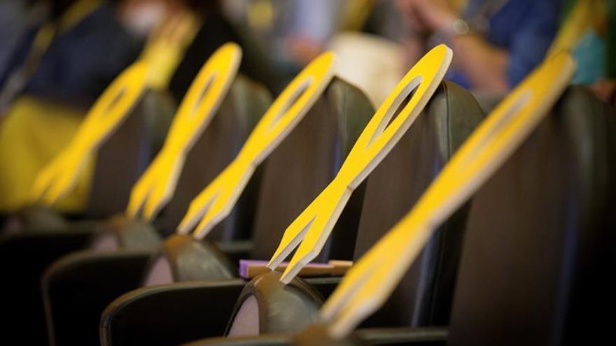 La Fiscalía rechaza multar a los que dañen lazos amarillos si no éstos nos están en un bien público