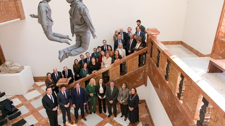 La Fundación Vizcaína Aguirre dona 'Hanging Figures' del escultor Juan Muñoz al Museo de Bellas Artes de Bilbao