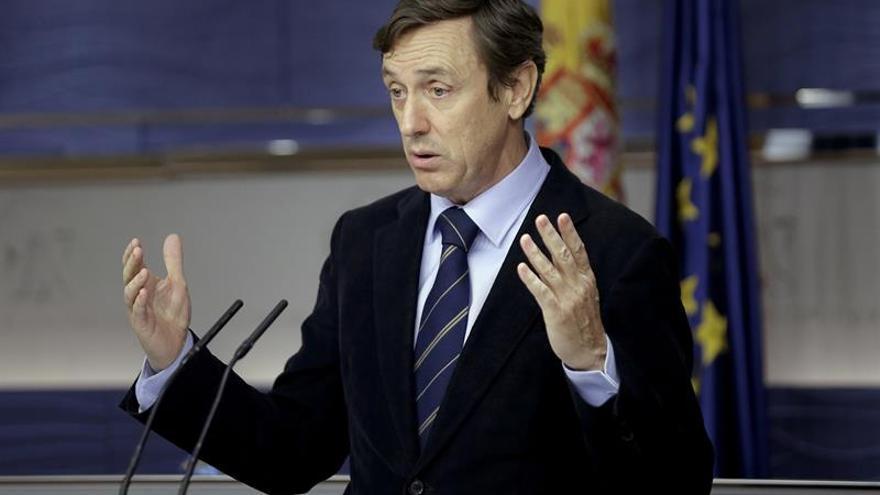 Hernando (PP) ve infantil que Iglesias no vaya al Día de la Constitución