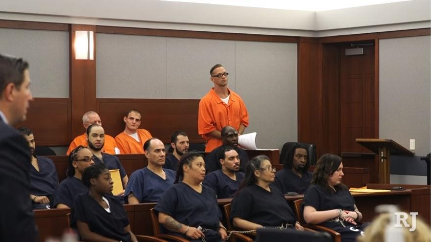 Imagen de una de las sesiones judiciales de Scott Dozier celebrada en 2017 y retransmitida por Las Vegas Review Journal.