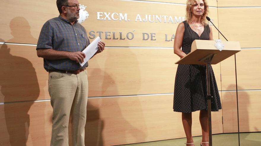 La alcaldesa, Amparo Marco, y el teniente de alcalde de Seguridad Ciudadana, Antonio Lorenzo, dando los datos sobre el impacto de la vuelta