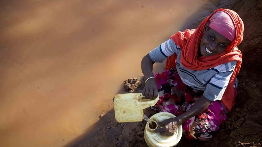 Mujeres Invisibles, contra la feminización de la pobreza. Foto: Kate Holt_Shoot The Earth_ActionAid