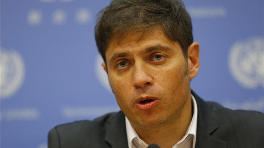 Argentina oficializa la reducción de impuestos a sueldos de menos de 2.800 dólares