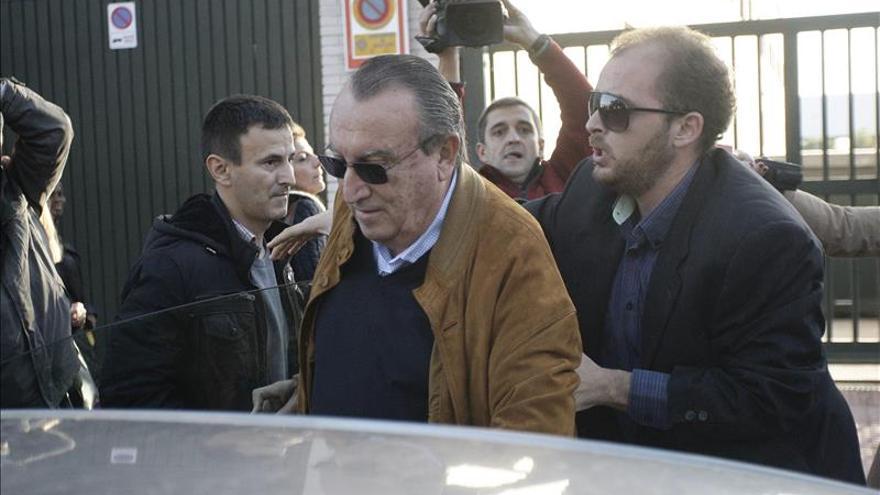 Carlos Fabra no recurre su ingreso en prisión y tiene hasta el lunes para hacerlo