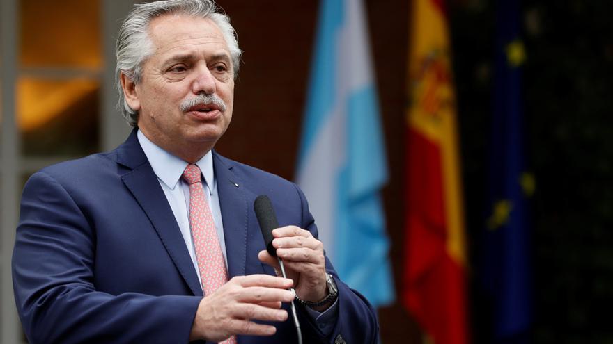 Fernández cancela su viaje a Francia por la situación de la covid-19 en Argentina