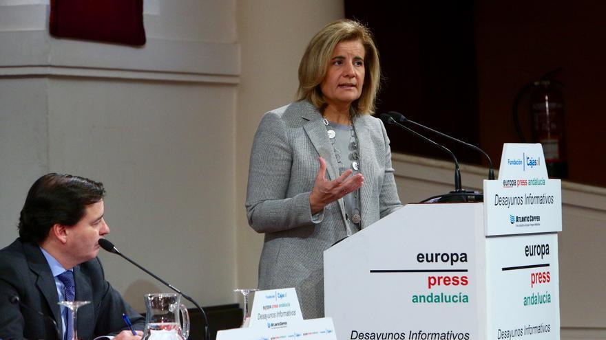 Fátima Báñez en la conferencia en Sevilla.