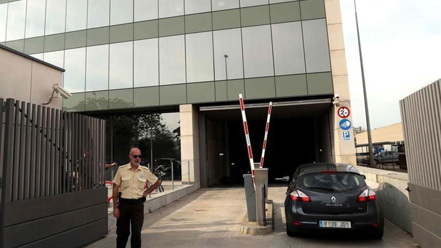 La Guardia Civil comprueba en el CTTI si se han bloqueado los sistemas de voto telemático