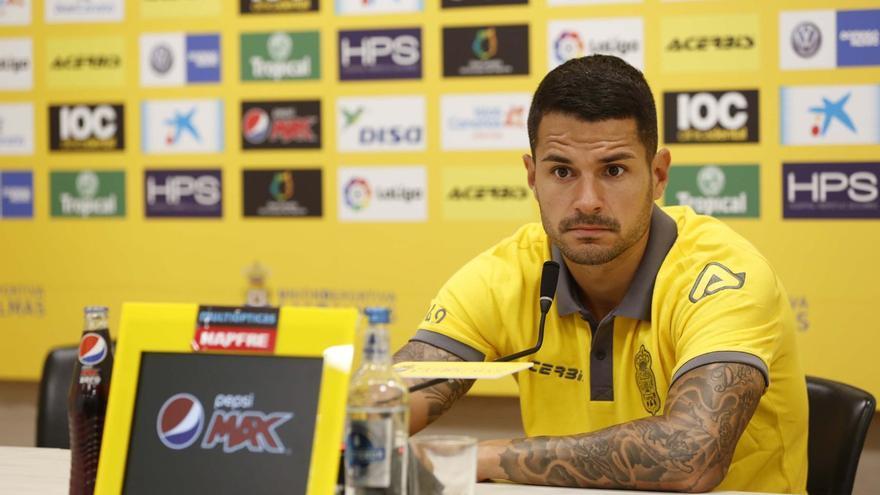 Vitolo en rueda de prensa.