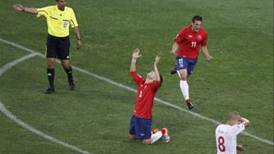 Mark González celebra el gol. (EP)