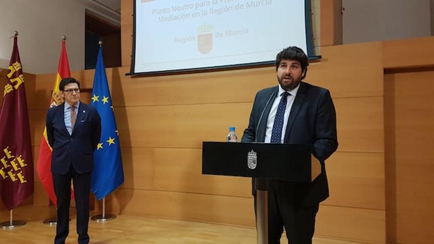 Fernando López Miras, este martes en la presentación del acto de presentación de la bolsa de mediadores