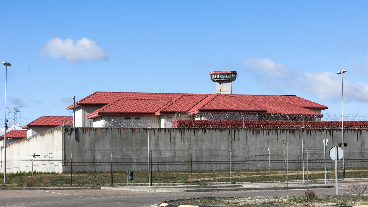 Imagen de archivo del exterior de la cárcel de Valdemoro, en Madrid.
