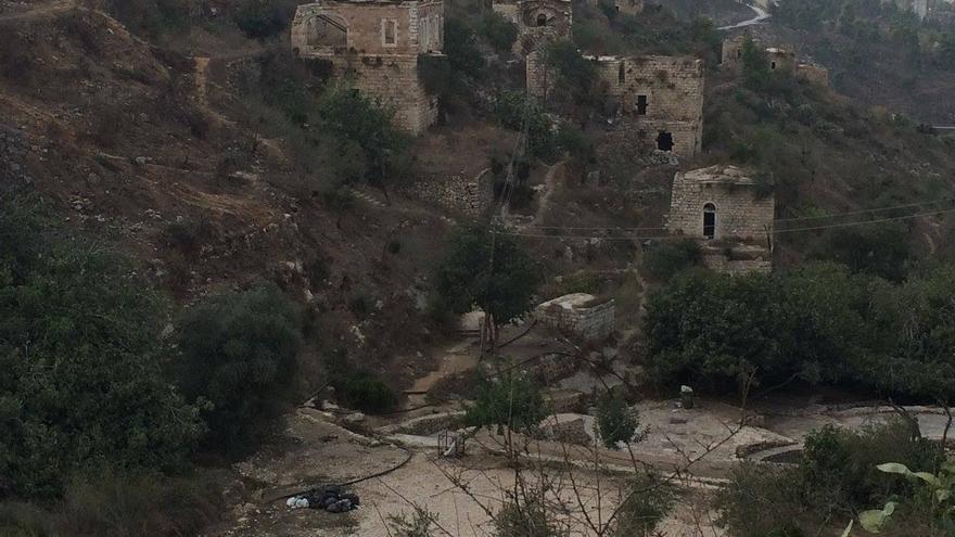 Foto actual de Lifta, pueblo palestino cercano a Jerusalén destruido en la ocupación israelí y que mantiene todavía algunas de las casas en pie.   Foto cedida por De-Colonizer.