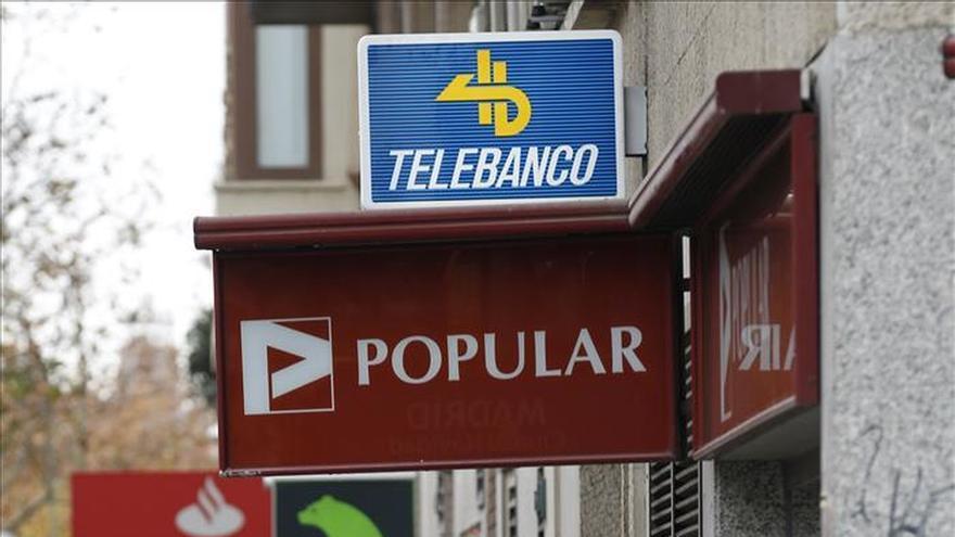 Las comisiones en los cajeros dividen a la banca e irritan for Santander cajeros madrid