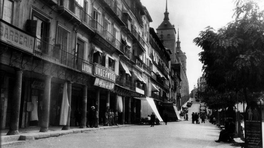 Galdos y Toledo a través de la fotografía: una exposición para conocer el amor del escritor por la ciudad en el centenario de su muerte