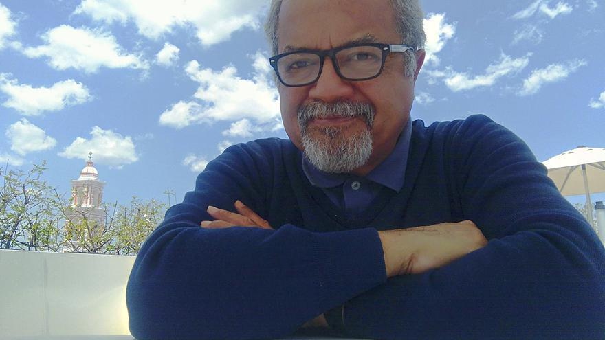 El periodista venezolano Tulio Hernández