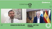 El director de eldiario.es, Ignacio Escolar, y el presidente del Gobierno de Canarias, Ángel Víctor Torres, durante su conversación en 'Confinados'.