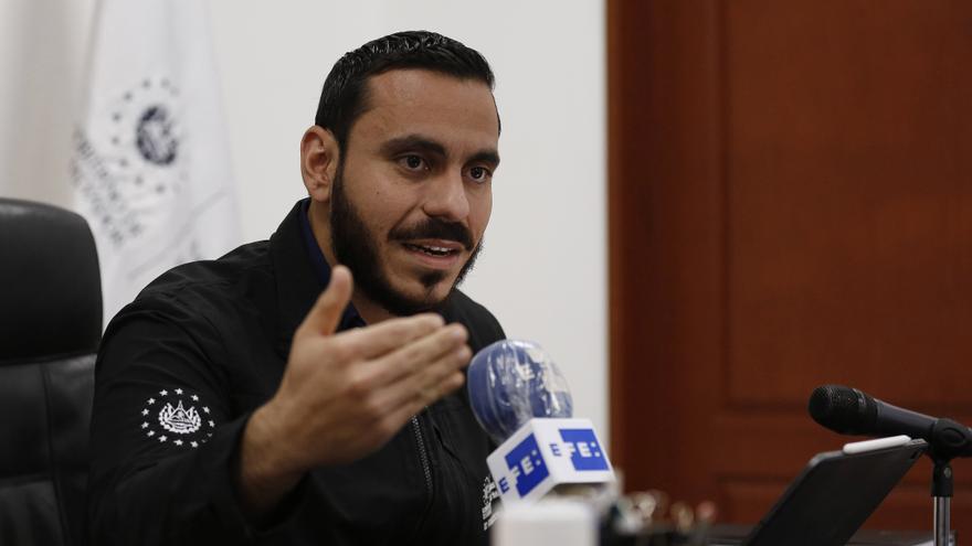 El Congreso de El Salvador prohíbe concentraciones masivas por 90 días