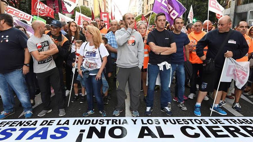Eurodiputados españoles piden a Vestas que no cierre su planta en León