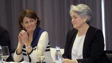 La presidenta de Navarra, Yolanda Barcina, junto a la vicepresidenta, Lourdes Goicoechea. / Efe