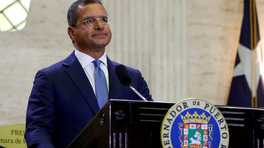 Puerto Rico prevé recuperarse pronto del apagón, entre sospechas de acto criminal